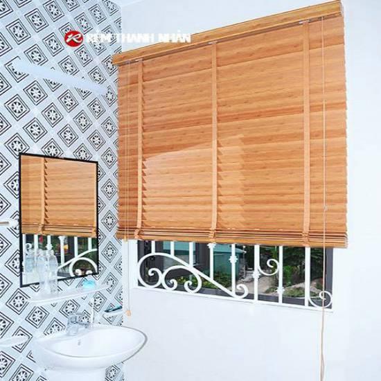 Rèm nhựa giả vân gỗ RG-503 cho phòng tắm