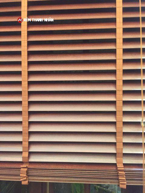 Chi tiết lá gỗ Bách