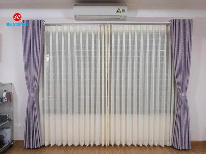 Giá rèm cửa vải Gấm tại Hà Nội?