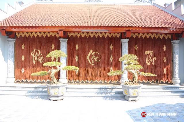 Rèm treo cửa hạt gỗ Hương