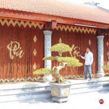 Mẫu rèm hạt gỗ Hương đẹp treo cửa đi Nhà Thờ