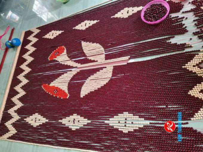 Rèm hạt gỗ mẫu Hoa Loa Kèn